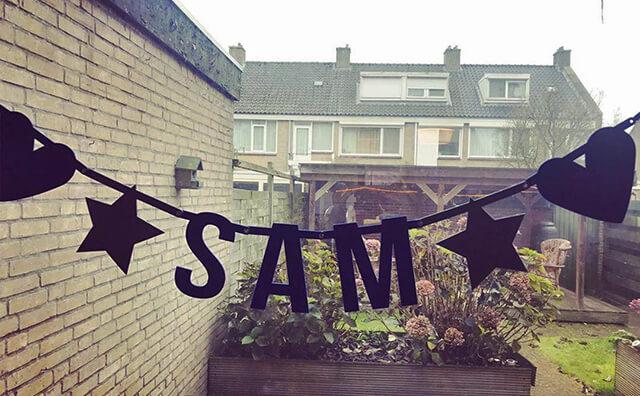 Vilten geboorteslinger met naam voor baby Sam - Mevrouw Hendrik