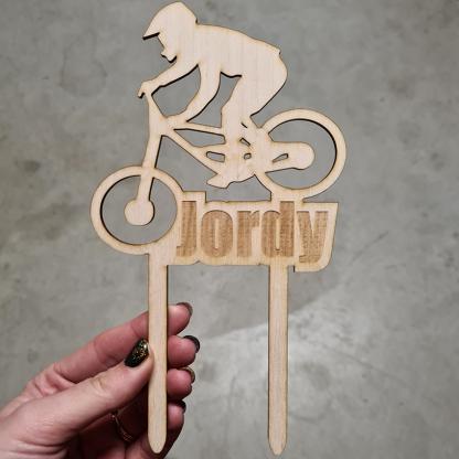 Uniek ontworpen taarttopper mountainbike verjaardag - Mevrouw Hendrik